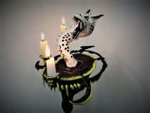 Dragon (candle holder)